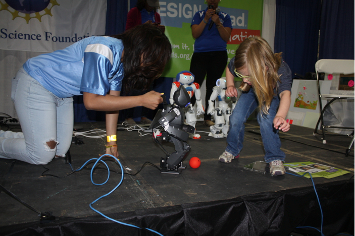 The SpelBots at the 2nd Annual USA Science and Engineering Festival this past weekend.