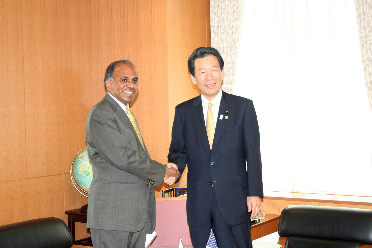 NSF Director Subra Suresh and MEXT Minister Hirofumi Hirano met in Tokyo on June 5, 2012 [image courtesy NSF].